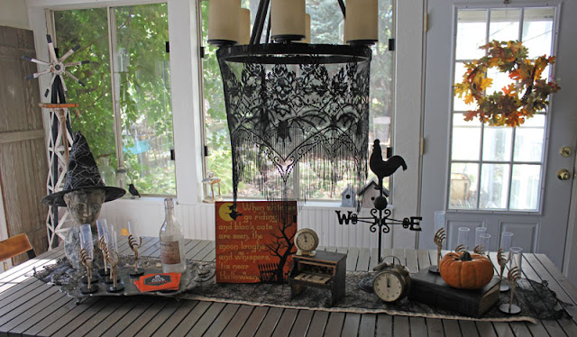 Halloween Decorating- Itsy Bits And Pieces- Oriental Trading #sponsored