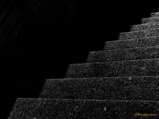 Minimalism - Scara ca simbol al progresului - blog FOTO-IDEEA
