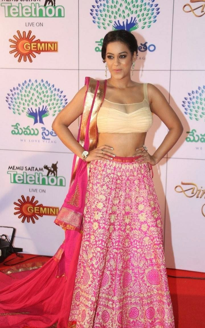 Mumaith Khan Pics, Mumaith Khan Slim Pics in Seyxy Lehenga Choli