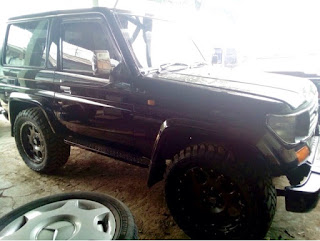 PASAR MOBKAS MURAH : Black Short Bundera LC Toyota 1998 - JAKARTA