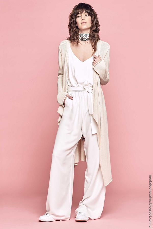 Moda verano 2017 pantalones de moda mujer.