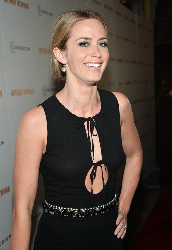 Emily Blunt at 'Arthur Newman' Premiere | Serious Hollywood