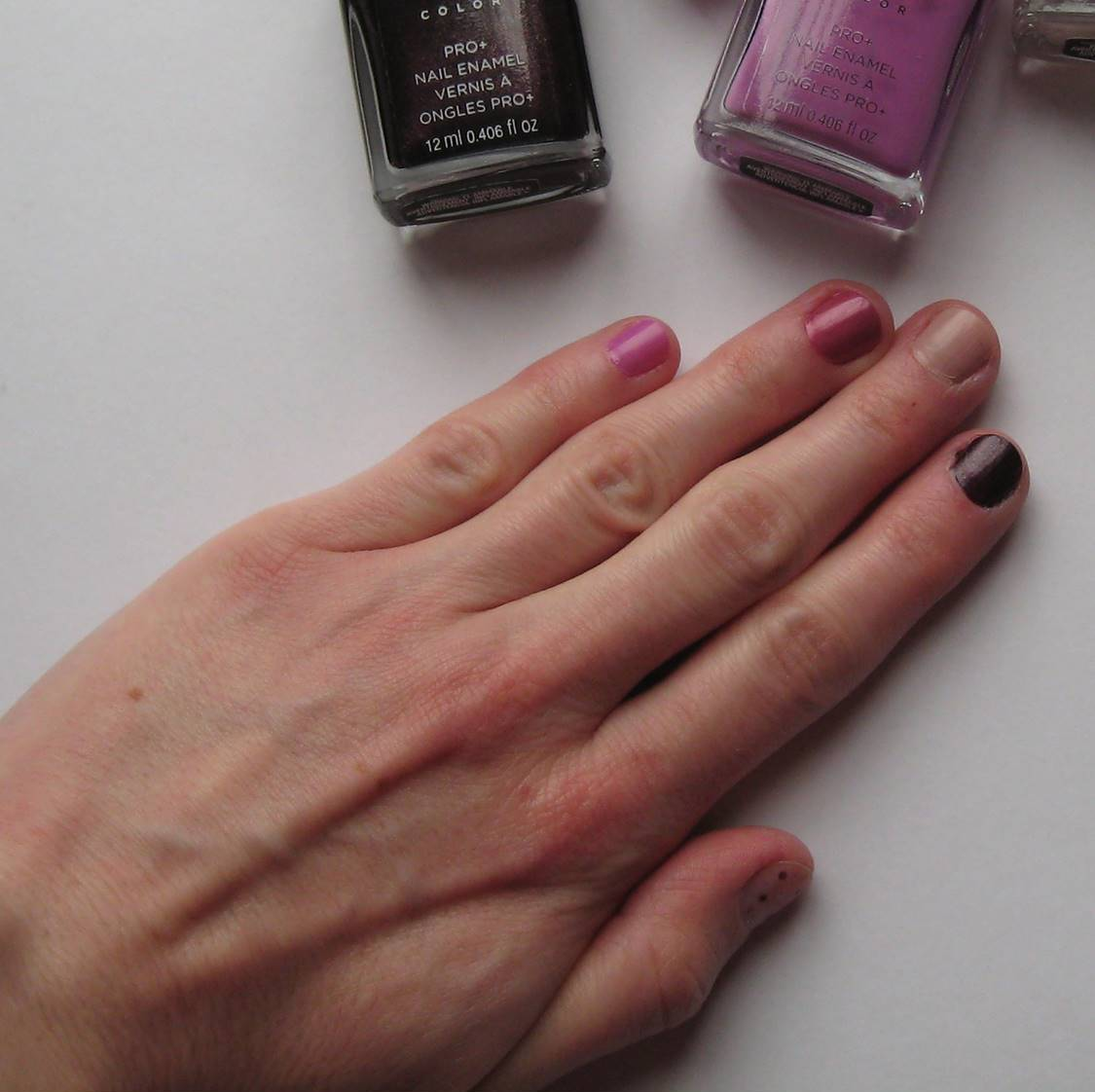 Erica\'s Fashion & Beauty: Avon True Color Pro+ Nail Enamel Review