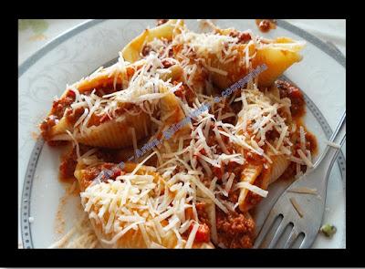 ALMOÇO; JANTAR; CULINÁRIA; MASSAS; receita fácil; prato único; prato principal; receita rápida; receita com presunto e queijo; receita italiana; culinária italiana; carne moída