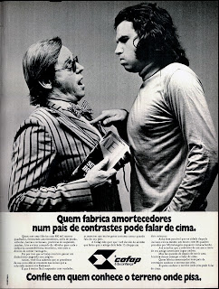 brazilian advertising cars in the 70. os anos 70. história da década de 70; Brazil in the 70s. propaganda carros anos 70. Oswaldo Hernandez.