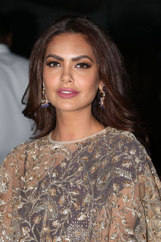 Beautiful Mumbai Girl Esha Gupta Long Hair Stills In Maroon Dress