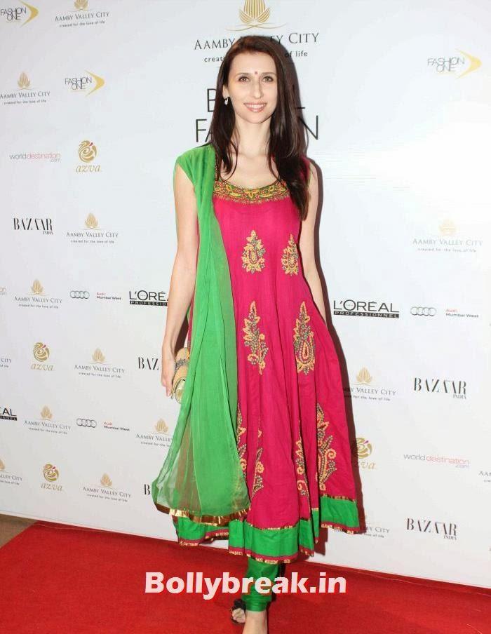 Claudia Ciesla, Hot Celebs at India Bridal Fashion Week 2013