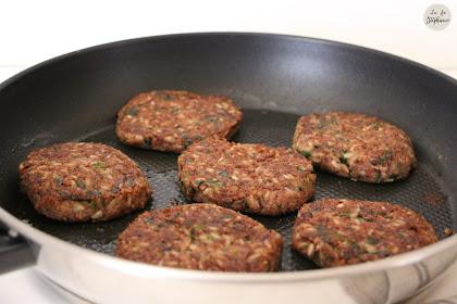 Burger Azuki, oignon et riz sauvage - une recette pour 1,2,3 Veggie