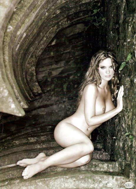 Mariana Seoane desnuda H Extremo Octubre 2007 [FOTOS]-11