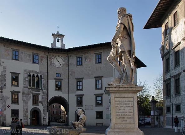 Палаццо Олоджио, он же Дворец Часов, Джорджио Вазари