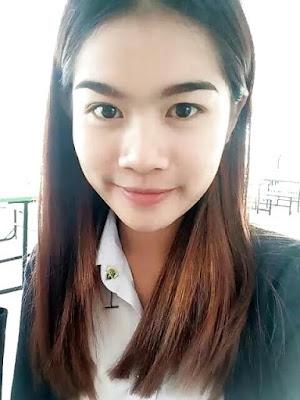 Karyawan Masa Kini Pulang Ngantor Langsung Selfie Bugil Pake Tongsis