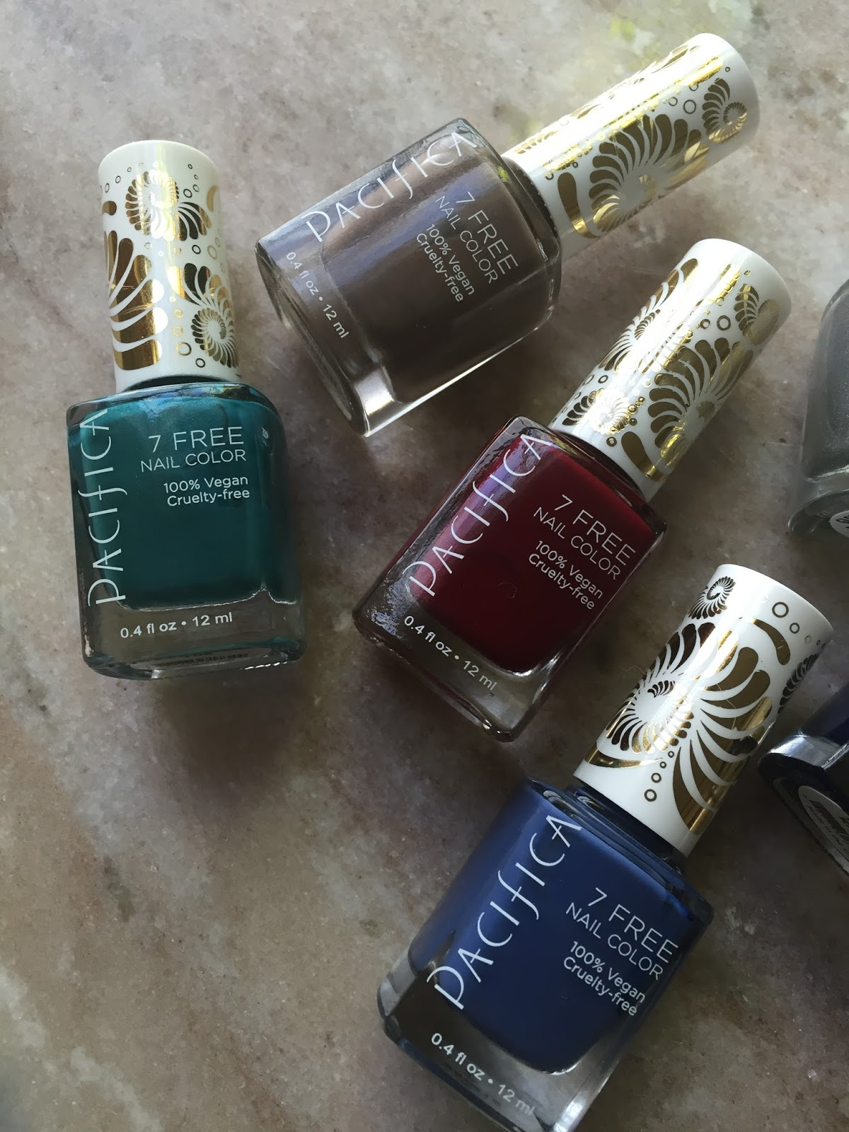The Little Coffee Shoppe: Declutter: Nail Polish Edition