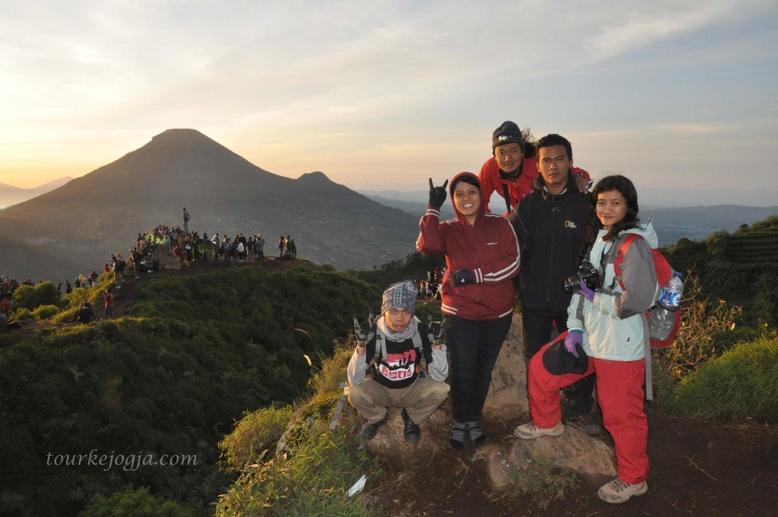 Paket Wisata Jogja Dieng 2 Malam 3 Hari Borobudur Dan Sunrise 1 Sikunir