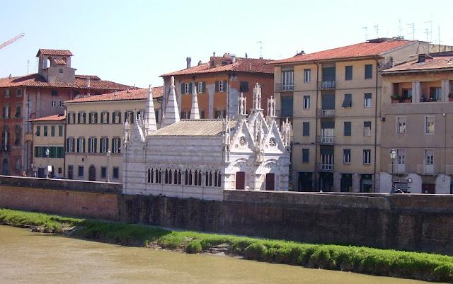 Sobre Santa Maria della Spina em Pisa
