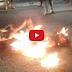VIDEO : BIADAPPPPP...!!! Hendak Shalat, Tukang Servis Televisi di Bekasi Malah Dibakar Hidup-hidup