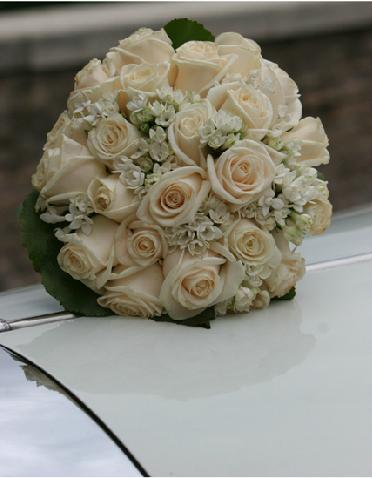 Bouquet Sposa Fiori Darancio.The Exclusive Dress Il Bouquet