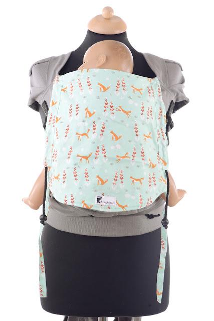 Wrap Conversion, Wrap Tai, auffächerbare Träger, stabiler Hüftgurt mit Schnalle, individuell anpassbares Rückenpanel.