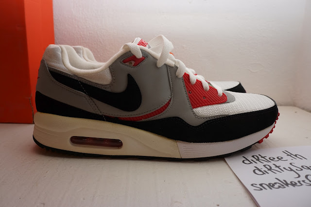 best service 16525 2bfe0 sneakers from Paris: NIKE - Air Max Light - JD Sports BRED