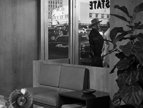 Cameo de Alfred Hitchcock en Psicosis - Cine de Escritor
