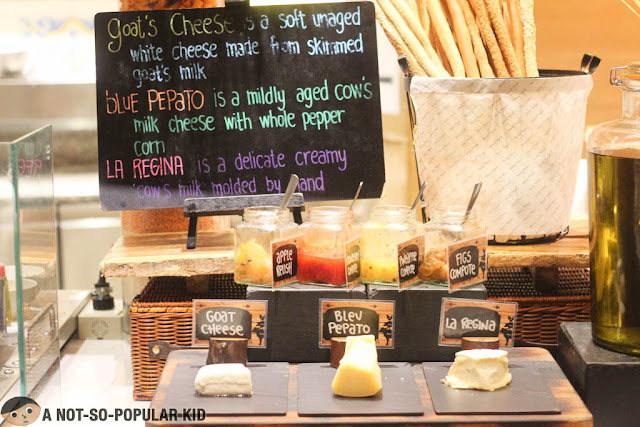 Three Cheese in The Pantry, Dusit Thani