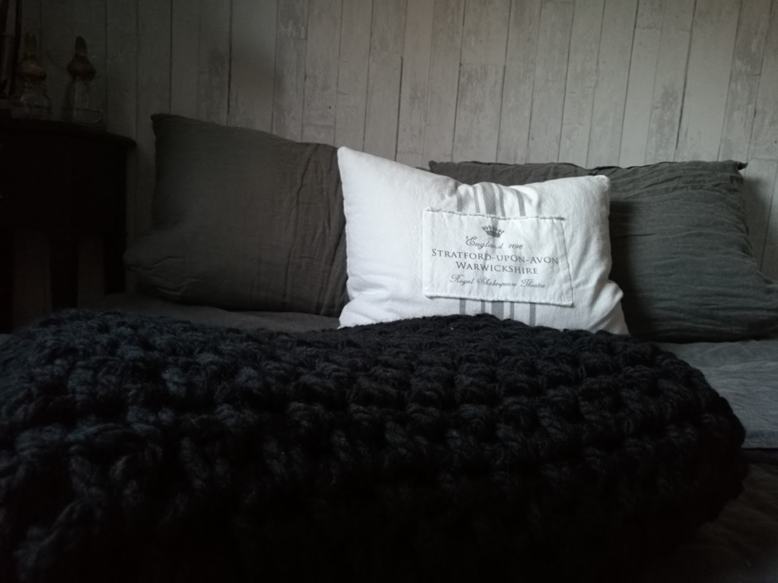 create your life cosy blankets. Black Bedroom Furniture Sets. Home Design Ideas