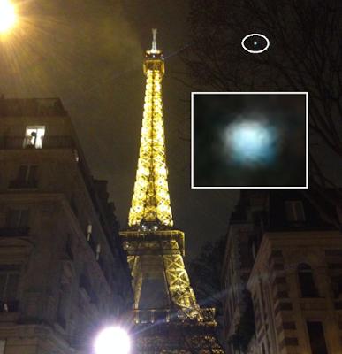 nouvel ordre mondial | Un OVNI lumineux près de la Tour Eiffel en décembre 2017