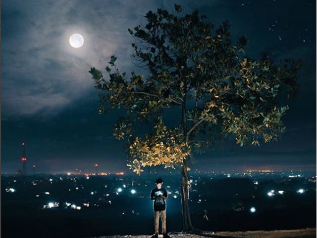 Berkunjung ke Kota Banjarbaru tak lengkap rasanya jika tak menikmati objek wisatanya. Lokasi yang startegis, akses ke objek wisata yang relatif mudah, dijamin rugi jika melewatkan destinasi alam maupun kulinernya. Berikut 8 Objek Wisata di Banjarbaru yang rugi jika anda lewatkan.