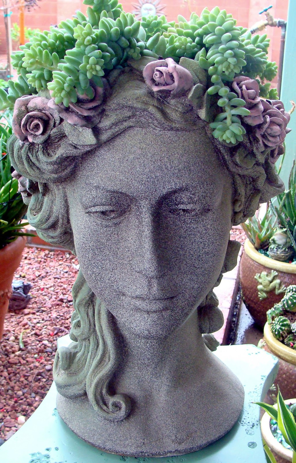 15 Dazzling Diy Head Planters Do It Yourself Ideas And