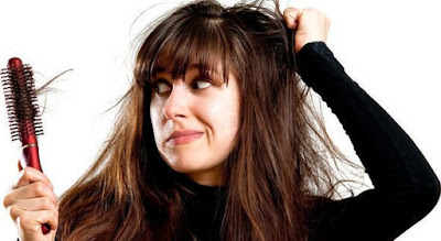 11 Tips Cara Alami Ampuh Mengatasi Rambut Rontok