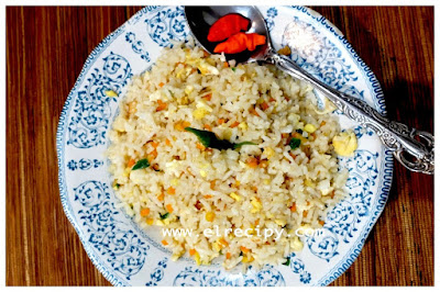 nasi goreng wortel telur