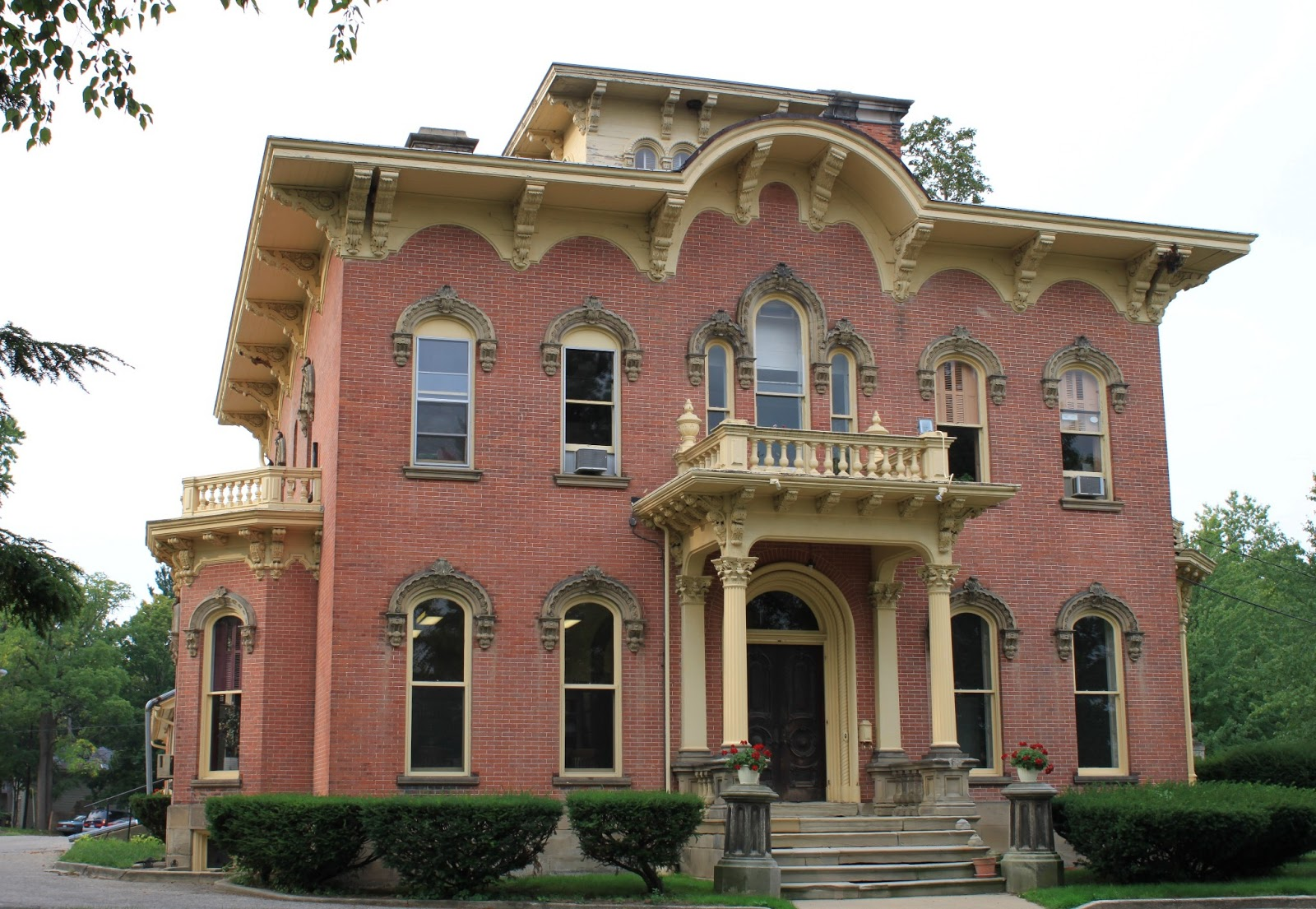 The Picturesque Style Italianate Architecture The George