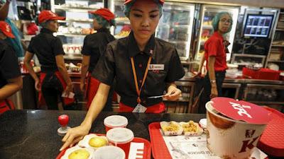 Lowongan Kerja SMA SMK D3 S1 PT Fast Food Indonesia, Tbk ( KFC Indonesia ) Jobs: Crew Restaurant, System Administrator, ETc.