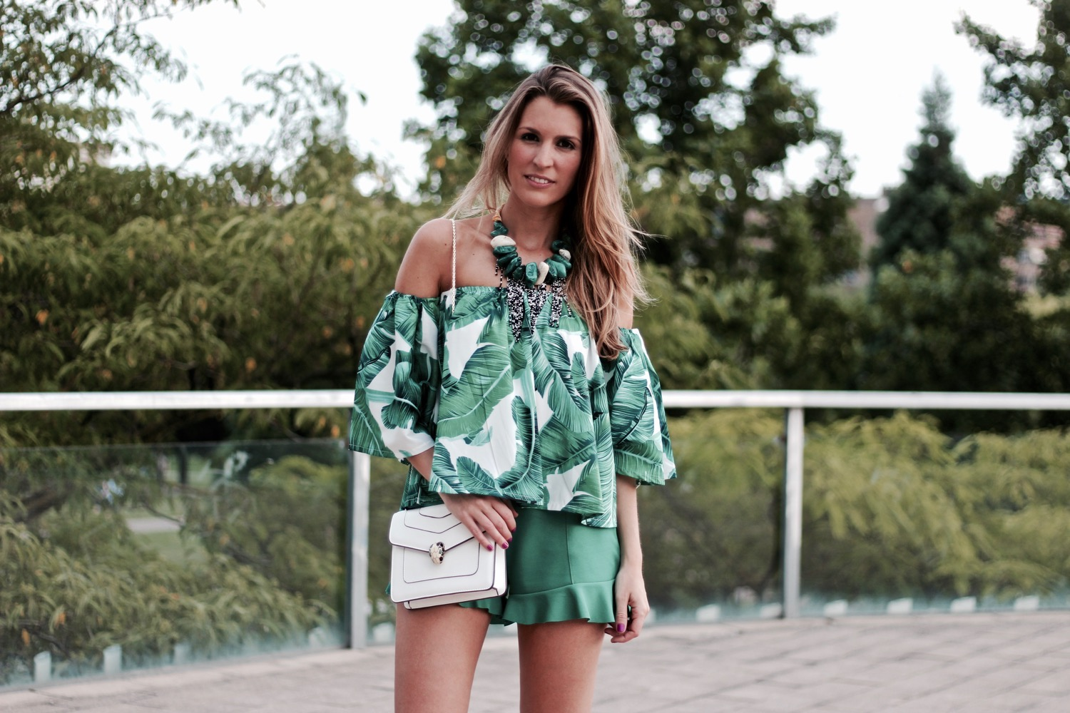 look tropical