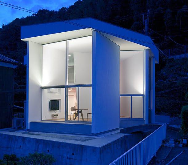 The Tsuchinoco House