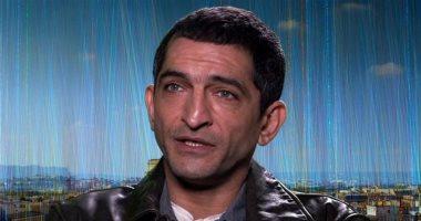 حقيقية إيقاف عمرو واكد عن التمثيل وحبسه  3 أشهر بعد التعدي علي طالب وعدم حضور الجلسة