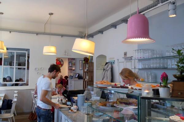 vienne café währing himmelblau