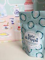 kate-pippa-the-box