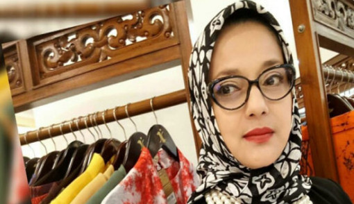 Marisa Bilang Soraya Haque tidak salat lima waktu dan tidak baca Alquran Makanya Dukung Ahok, Netizen Serius Minta Periksa Kejiwaan