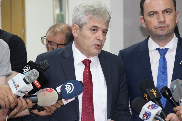 Σε εξέλιξη πολιτικό πραξικόπημα Ζάεφ με τη στήριξη των Αλβανών