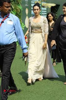 Actress Karishma Kapoor Walks For Arpita Mehta at LFW Summer 2017  0012.jpg