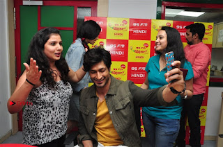 Vidyut Jamwal Adah Sharma Commando 2 Movie Team at Radio Mirchi 95  0041.jpg