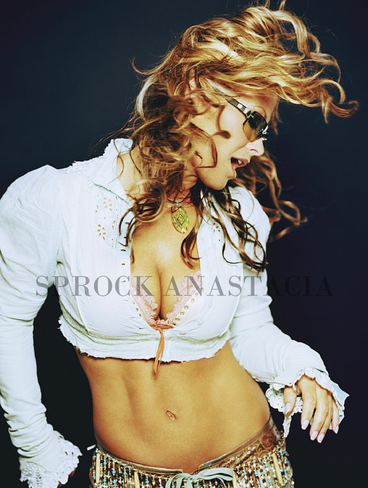 "Anastacia >> álbum ""Evolution"" - Página 14 7%2BCORRIERE%2BDELLA%2BSERA%2B3"