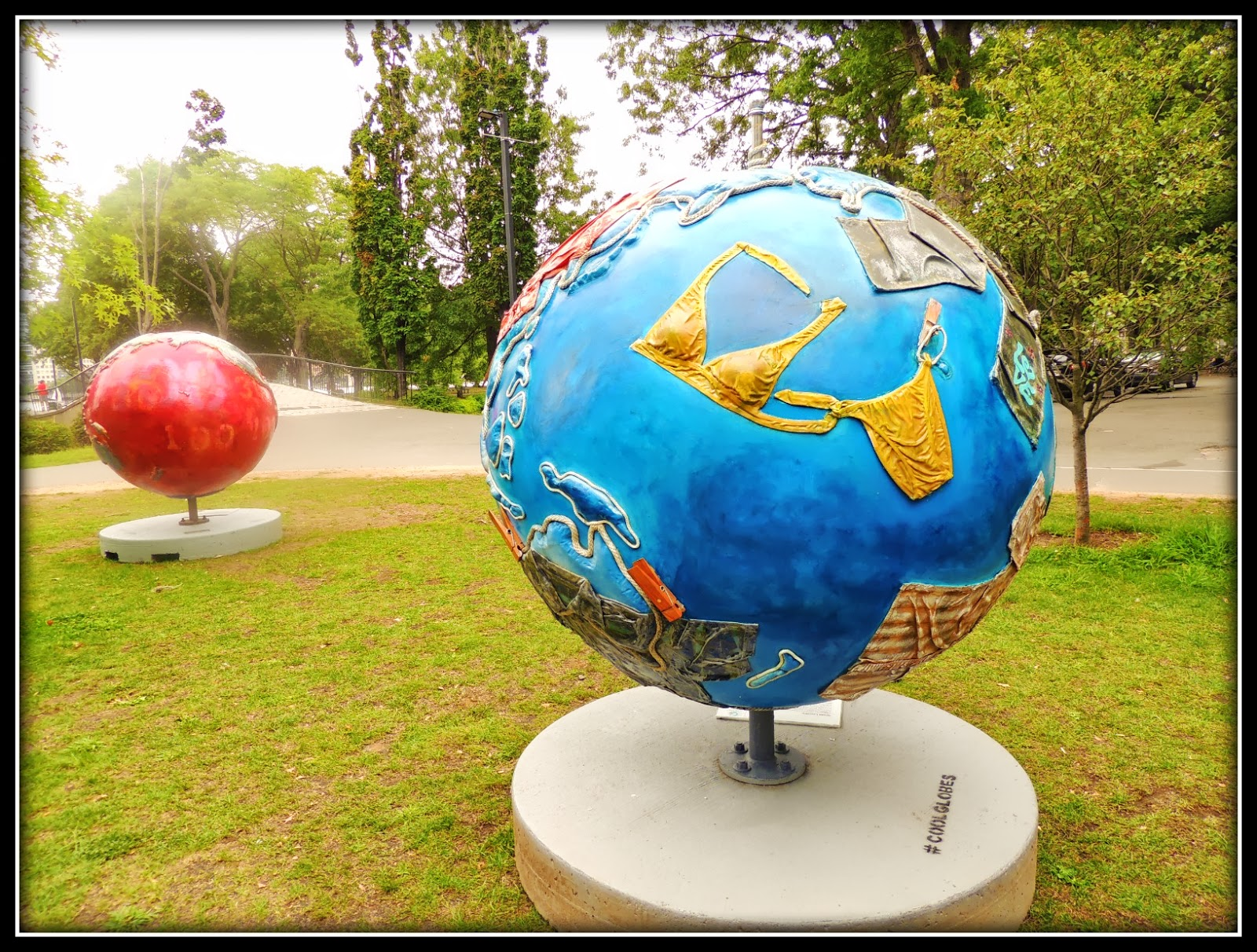 The Cool Globes en Boston: The Esplanade