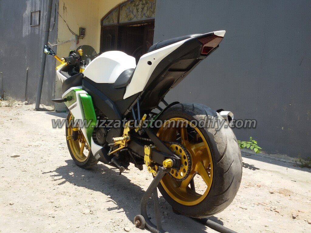Bodi Belakang R25 Fit To New Vixion Izzat Custom Modify