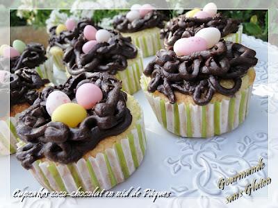 http://gourmandesansgluten.blogspot.fr/2014/04/cupcakes-coco-chocolat-en-nid-de-paques.html