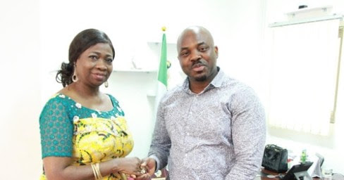 Nigerian Man who returned N150Million [$441K] posted in his account wrongly meets Abike Dabiri