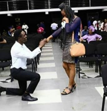 Photos: Nigerian man went on his knee,  proposes to girlfriend at Lagos church