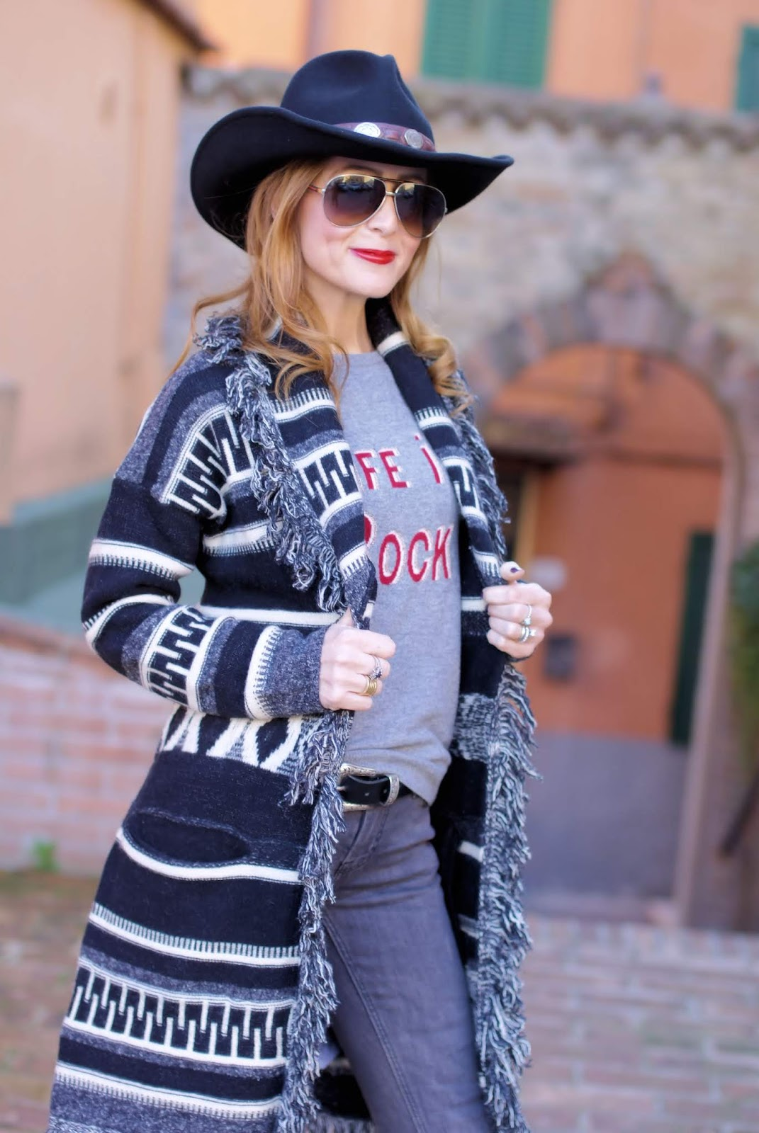 Fashion blogger country western: Stetson hat on Fashion and Cookies fashion blog, fashion blogger style