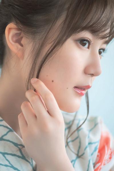 Erika Ikuta 生田絵梨花, Kansai Walker 2019 No.14