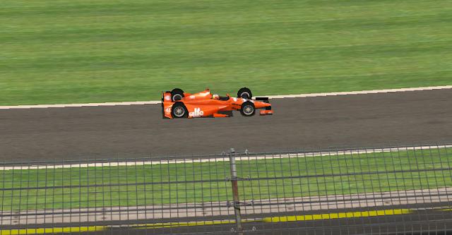 Flávio Ribeiro chega em sétimo no evento Indy 500 da LBN